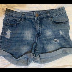 Blue/grey shorts!
